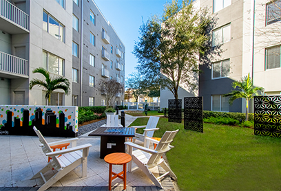 Bell Channelside apartments courtyard with firepit